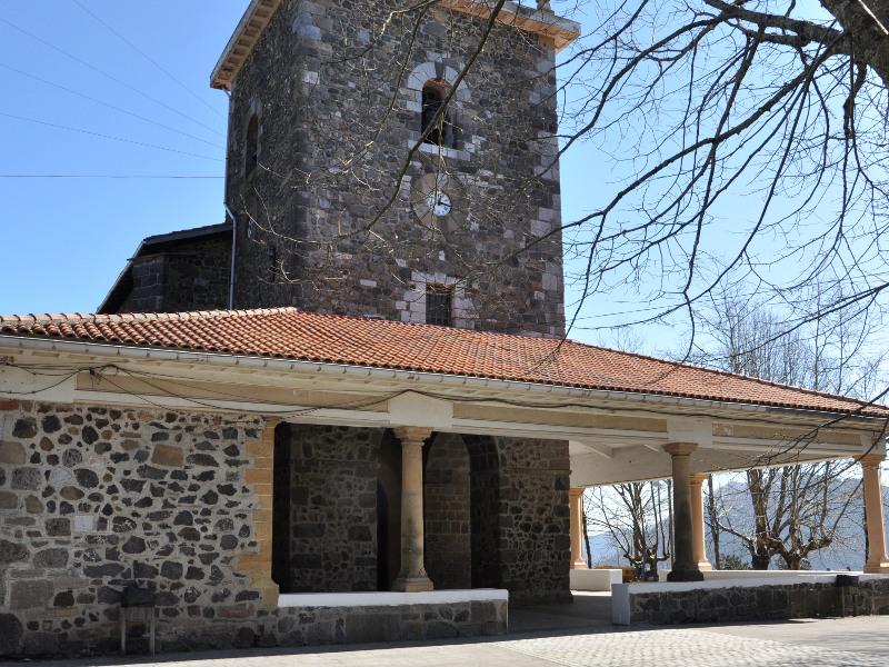 iglesia-de-arrate-patrimonio-historico-debabarrena-taxi-eibar-asociados
